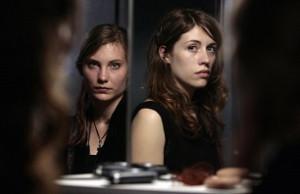 des-filles-en-noir-2010-20353-990412197