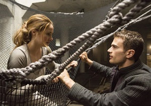 AP FILM-DIVERGENT-THEO JAMES A ENT FILE