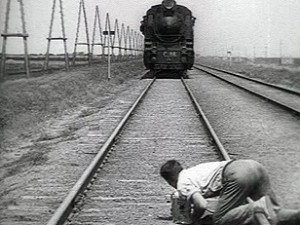 38. L'homme à la caméra - Chelovek s kino-apparatom - Dziga Vertov - 1929