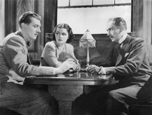 30. Une femme disparaît - The Lady Vanishes - Alfred Hitchcock - 1938
