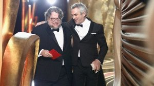 Guillermo%20del%20Toro%20and%20Alfonso%20Cuaron%20at%202019%20Oscars_jpg_35891190_ver1_0_1280_720