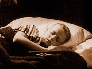 13. Valse triste - Bruce Conner - 1977